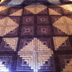 An image of a quilt.
