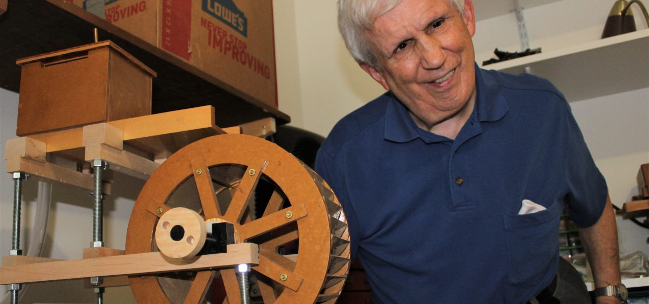 Bowman with a wooden water wheel be built